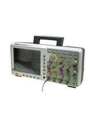 TDS7104, осциллограф цифровой 4кан 100МГц 1Гв/с Touch Screen