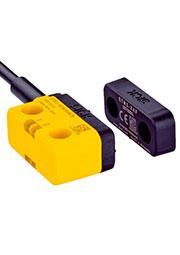 1069565, 1069565 STR1-SAFM0AC5 Бесконтактные предохранительные выключатели