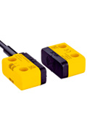 1069560, 1069560 STR1-SASM0AC5 Бесконтактные предохранительные выключатели