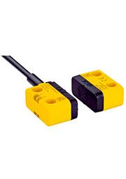 1069564, 1069564 STR1-SASM03P8 Бесконтактные предохранительные выключатели